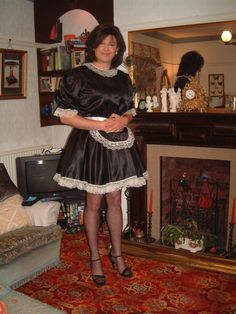 Transvestite lives in maids quarters