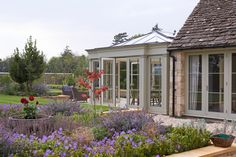 is there a better time to enjoy our homes & gardens than right now? This orangery for this listed building in the Cotswolds is looking heavenly…🏡😍 Glass Extension, Rear Extension, Extension Plans, Orangerie Extension, Cotswold Villages, Listed Building, Coach House, House Extensions, Stone Houses