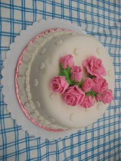 Fondant rose cake - I made this cake for my mother for mothers day