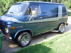 van Old Vintage Cars, Vintage Vans, Toyota Supra Turbo, Camper, Gmc Vans, Aussie Muscle Cars, Dodge Van, Vanz, Day Van