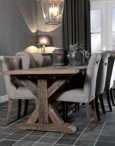 beautiful dark gray dining room with weathered table/linen chairs - Stoere tinten.. | Meubelpark De Bongerd | Landelijk wonen en slapen