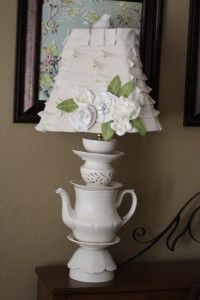 another Anthropologie inspired teacup/teapot lamp.