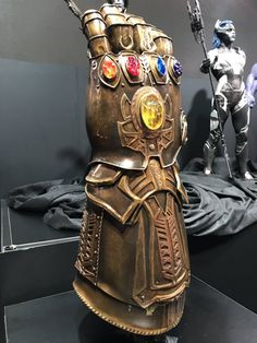 Marvel Comics Avengers Infinity Wars is around the corner. We need to know where the Infinity Stones are at to start off Infinity Wars. Marvel Comics, Marvel Heroes, Captain Marvel, Marvel Avengers, Captain America, Thanos Infinity Gauntlet, The Infinity Gauntlet, Comic Book Characters, Comic Books
