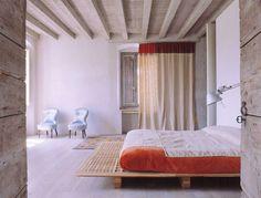 White Harmony - The home of Maria Calderara