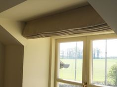 Another example of a neat roman blind in a plain fabric that is simple yet stunning Fabric Blinds, Curtains, Roman Blinds, Roman Shades, Window Treatments, Windows, Simple, Home Decor, Fabric Window Shades