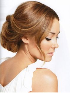 Wedding makeup should be hardly noticable. It should be light and elegant, not caked on