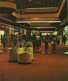 C 1964 The May Company Topanga Plaza 6600 Topanga