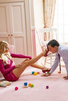 I love this Picture so Much! ❤ Margot Robbie, Leonardo DiCaprio - The Wolf of Wall Street
