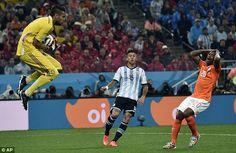 Brasil 2014: Argentina v/s Holland Photos | Football Wallpapers