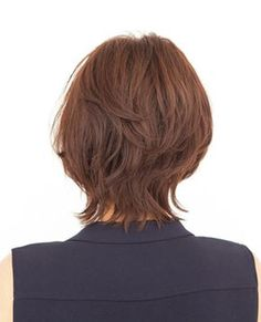 Pin on hair Very Short Hair, Short Hair With Layers, Short Curly Hair, Short Hair Cuts, Medium Hair Cuts, Medium Hair Styles, Curly Hair Styles, Layered Bob Hairstyles, Diy Hairstyles