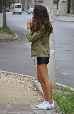 Zara Parka, Calliope t-shirt, Forever21 leather shorts, Converse shoes=cute outfit for my white converse