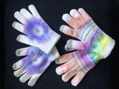 Tie Dye Winter Gloves Crochet Snowflakes, Tie Dye Patterns, Rubbing Alcohol, Permanent Marker, New Crafts, Pin Cushions, Craft Projects, Craft Ideas, Helpful Hints