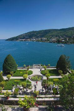 Palazzo Borromeo terraced gardens, Isola Bella, Lake Maggiore, Verbano-Cusio-Ossola Province, Italy