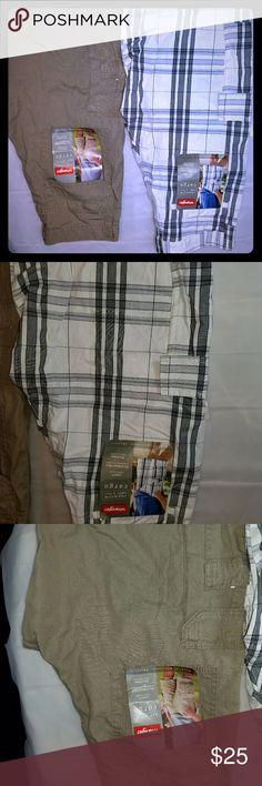 NWT men's Wrangler cargo shorts Men's wrangler cargo shorts with tag never worn both size 30 waist Wrangler Shorts Cargo