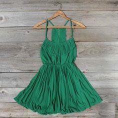 green dress #fashion #style