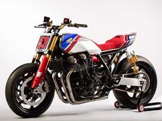 Honda CB1100TR concept debuted at the @eicma show in Milan. #hondacb #cb1100 #tracker #supermoto