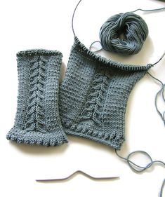 Knitting instructions for wrist warmers / arm warmers # 2 by crochet-jewels Crochet Bikini, Crochet Top, Wrist Warmers, Hair Band, Handicraft, Jewels, Stitch, Knitting, Blog