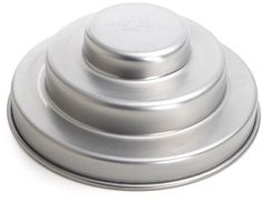 Hillside 3 Tier Cake Pan >>> Discover this special product, click the image : Baking pans 1 Tier Cake, Tiered Cakes, Round Cake Pans, Round Cakes, Baking Tips, Baking Recipes, Baking Gadgets, Kitchen Gadgets, Cake Baking Pans