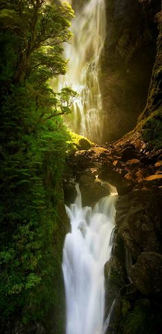 Devils Punchbowl Falls - Arthurs Pass National Park, New Zealand