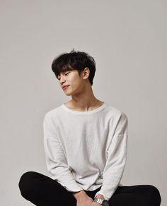 Korean Celebrities, Korean Actors, Asian Men, Handsome Boys, Boyfriend Material, Digital Photography, Korean Drama, Pretty Boys, Bujo