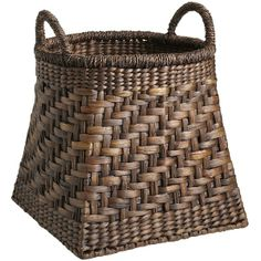Torrance Floor Basket from Pier Gonna use it as a Hamper -- fits perfect with the theme! Doesn't it look like the basket of a hot air balloon! Weaving Projects, Weaving Art, Willow Weaving, Basket Weaving, Making Baskets, Basket Tray, Basket Crafts, Vintage Baskets, Newspaper Crafts