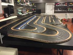 My new temporary 4 lane analogue - Slot Car Illustrated Forum
