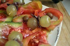 Amanida de verema  http://www.irreductibles.cat/cuina/2012/09/amanida-de-verema/