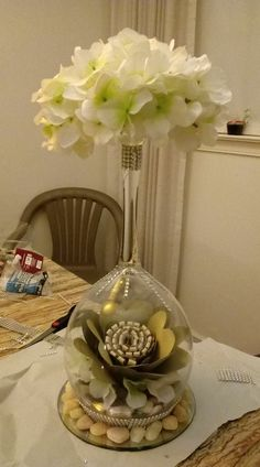 Centerpieces With Wine Glasses, Table Centerpieces, Wedding Centerpieces, Table Decorations, Edible Arrangements, Altered Bottles, Ball Lights, Craft Corner, Centre Pieces
