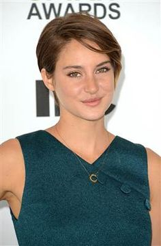 hairstyles that look good on everyone: spring hair for Shailene Woodley