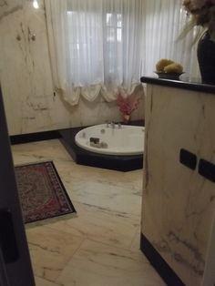 Bagno Camera Matrimoniale in marmo