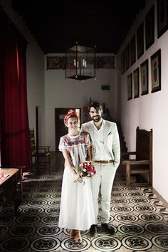 I have no idea who these people are (Guillermo Trapiello and Ines Munozcano) but I love that these are their wedding outfits.