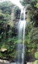 Cascada El Chiflón, cerca de La Chorrera. Cundinamarca - COLOMBIA. La Chorrera es la cascada más alta en Colombia con una caída de 590m.
