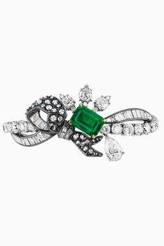 Драгоценная эклектика Dior   Украшения   VOGUE
