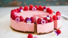 Jordbær og bringebærmousse-kake – Ida Gran-Jansen