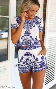 Conjunto Cropped e Short Estampa Azul - Conjuntos   DMS Boutique