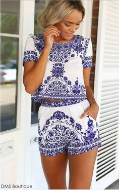 Conjunto Cropped e Short Estampa Azul - Conjuntos | DMS Boutique