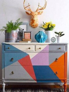 Las mejores ideas para pintar muebles con Chalk Paint The best ideas for painting furniture with Chalk Paint Black Bedroom Furniture, Funky Furniture, Refurbished Furniture, Upcycled Furniture, Rustic Furniture, Furniture Dolly, Office Furniture, Chalk Paint Furniture, Diy Furniture Projects
