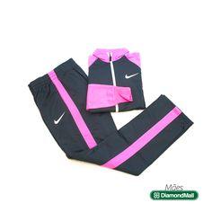 Look academia Nike