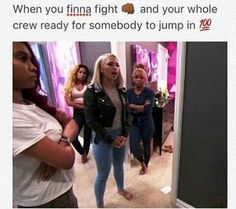 Ayo that's what my best friends be lookin like 😂😂 Funny Best Friend Memes, Best Friend Quotes, Really Funny Memes, Stupid Funny Memes, Funny Relatable Memes, Funny Facts, Funny Tweets, Funny Shit, True Facts