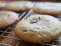 Starbucks Chocolate Chip Cookies - Parhaat Pehmeät Suklaahippukeksit | Annin Uunissa Starbucks, Cookies, Baking, Desserts, Food, Crack Crackers, Tailgate Desserts, Deserts, Biscuits