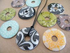 DIY washer necklace - great tutorial for how to cover washers and give them the glossy raised look.