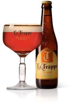 La Trappe Tripel / De geur van La Trappe Tripel is licht moutig en esterig. Ondanks de volle, rijke smaak heeft dit eigenzinnige bier een licht droge afdronk met fijne bitterheid.