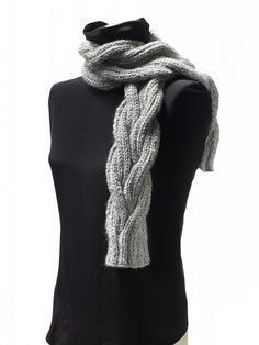 Free Pattern: Bella Lana Reversible Cable Scarf by Cornelia Griffin