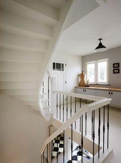 2de keus beuken trap onderaan zichtbaar afgewerkt