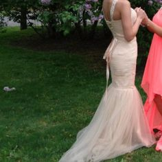 Prom dress Size 0-1 worn only for one night for a few hours for prom , perfect condition Dresses