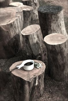 My pic has tree blocks with a ladies fancy sun hat, a rose in a crystal vase and a fine china cup of tea and is titled 'Nature's Best'! Living Room Lounge, Living Rooms, Pause Café, Love Natural, Garden Inspiration, Design Inspiration, How To Distress Wood, Visual Merchandising, New Homes