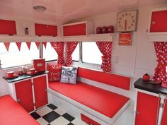 Vintage Caravan Style — A treasured vintage caravan will continue to provide many more years of pleasure if it is well looked after. Description from ultraswank.net. I searched for this on bing.com/images