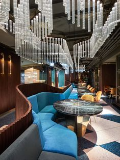 Beautiful interior design by two Romanian architects. Most visit place in Vienna - TUYA Restaurant. Interior Desing, Beautiful Interior Design, Restaurant Interior Design, Modern Industrial, Fine Dining, Restaurant Bar, Vienna, Architects, Crystals