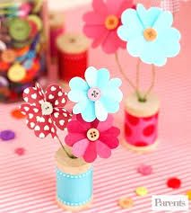 Mother's Day is special this year use one of these Marvelous Handmade Mother's Day Crafts & Gifts. Express your feelings using one of these Marvelous Handmade Mother's Day Crafts & Gifts. Kids Crafts, Cute Crafts, Crafts To Do, Craft Projects, Paper Crafts, Craft Ideas, Preschool Crafts, Diy Paper, Fun Ideas