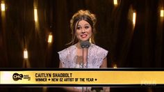 Caitlyn Shadbolt - Accepting CMC New Oz Artist Of The Year Award March 2016 - YouTube
